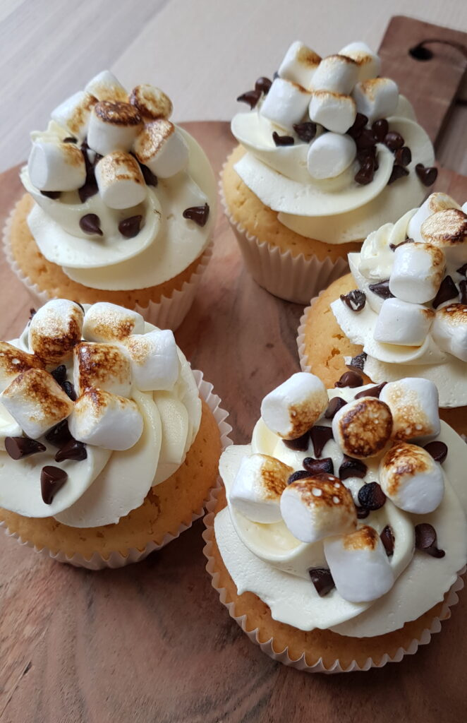 Toasted Smores Cupcakes 662x1024